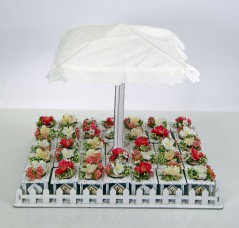 Set Ombrellone con 34 scatoline in legno e fiori