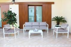 Salotto Avana Divano 3 posti, 2 poltrone, tavolino e cuscini