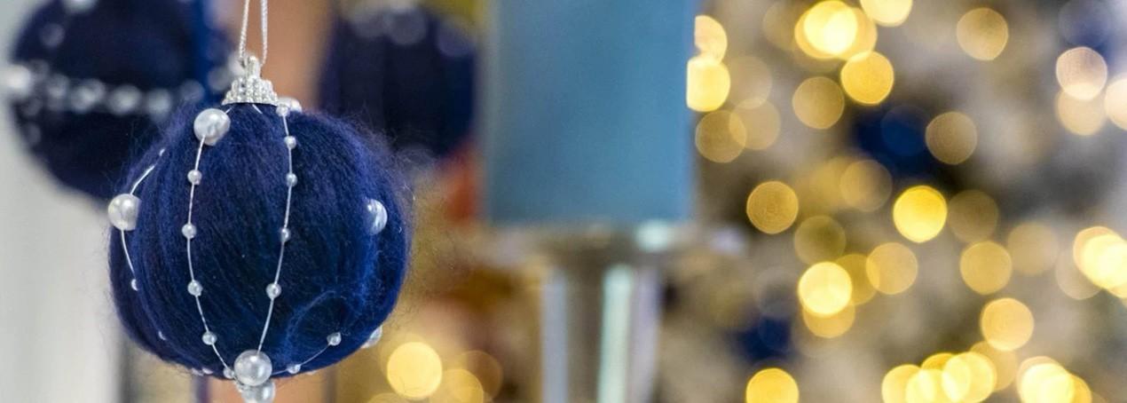 Addobbi Natale.Addobbi Natalizi Per Decorare L Albero Di Natale E La Casa Rossicarta